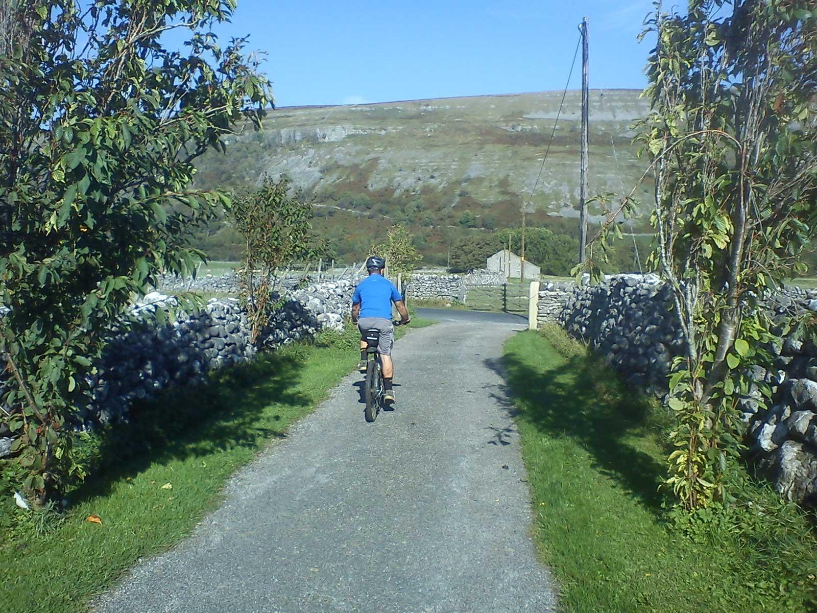Kilnsey - Malham - Hawswick Cote Bike Route